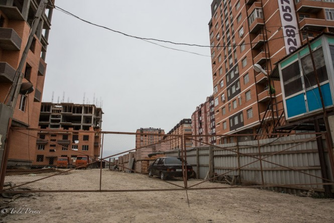 Housing construction in Kaspisky, on the outskirts of Makhachkala.