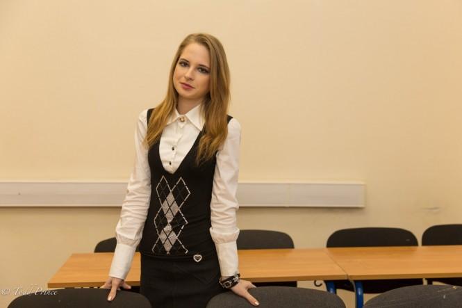 Anna, 18