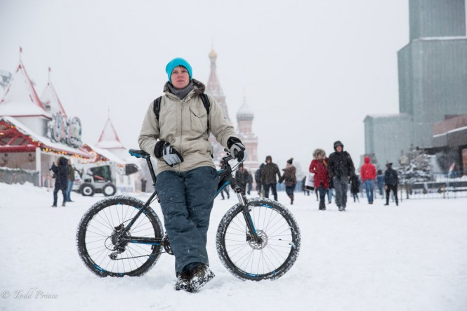 Ivan, 29, rode his bike about 7 kilometers to Red Square.