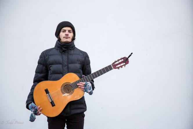 A street musician in Tiraspol.