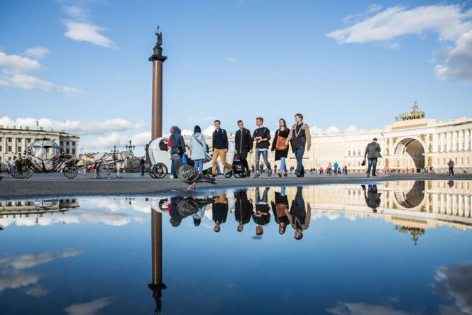 reflection-on-palace-square