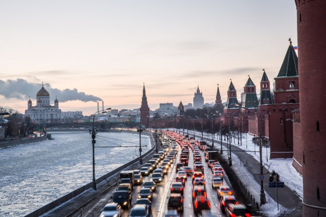 Traffic is thick near the Kremlin as many people head out of Moscow following their last day of work in 2014.
